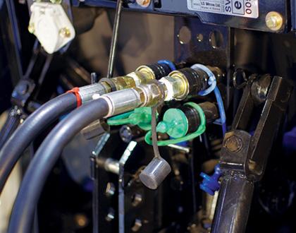 Трактор Mitsubishi LS R41 GEAR ROPS - Гидравлические клапаны