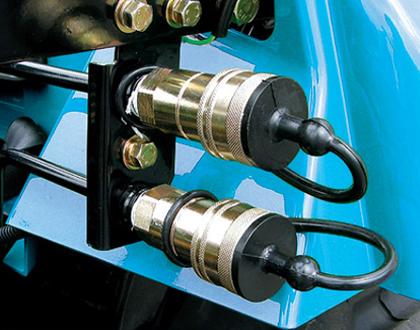 Минитрактор Mitsubishi LS J27 GEAR -  Пара задних гидравлических выводов
